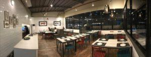 セブのマリバゴ地区にあるスペイン料理レストランA Mesa Seafood and Tapas Barのレストラン内装