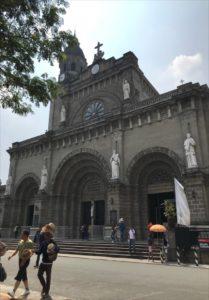 マニラの観光スポット マニラ大聖堂