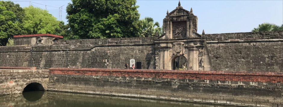マニラの観光スポット サンティアゴ要塞