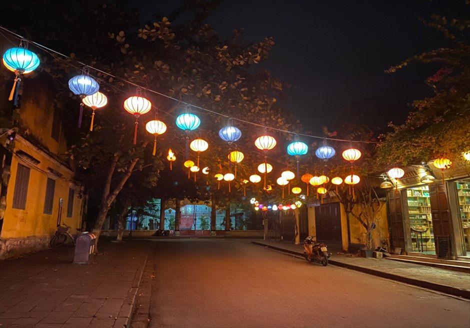 ベトナム ホイアン旧市街 ランタン ライトアップ