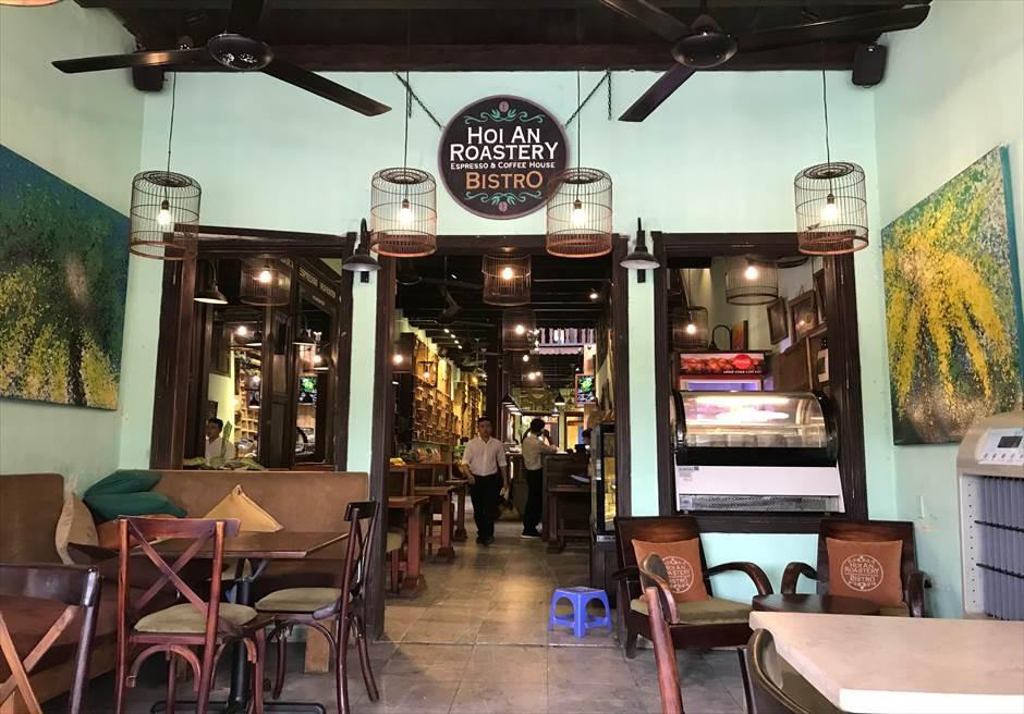 ベトナム ホイアン旧市街 おしゃれカフェ